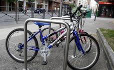 Santo Domingo incorporará veinte aparcabicicletas a su mobiliario urbano
