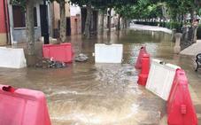 La rotura de una cañería inunda garajes, lonjas y trasteros en Santo Domingo