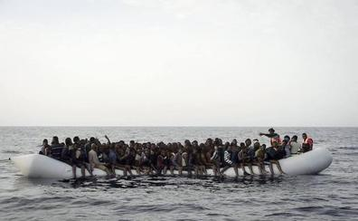 Se duplica la llegada de inmigrantes por tierra y mar a España