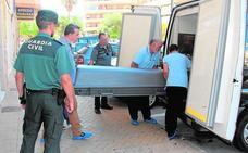 Hallan los cadáveres de un matrimonio británico en un piso de Málaga