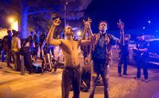 67 inmigrantes entran en Ceuta tras un salto masivo a la valla