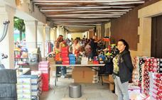 La XI Feria Ojastock celebra su segunda jornada en la plaza de la Alameda