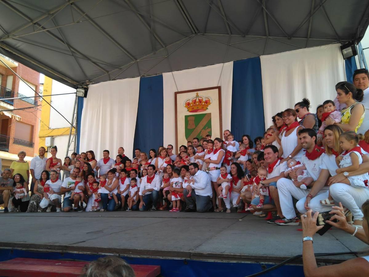 Los niños de Rincón de Soto reciben su pañuelo