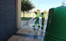 Hidrolimpieza en las calles Jarreras