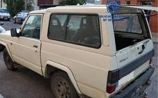 Detenido en León un joven por atar a su novia con bridas a los asientos del coche