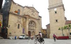 El Ayuntamiento de Santo Domingo edita 10.000 planos turísticos de la ciudad