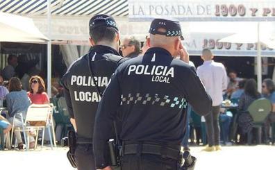 Rescatado un niño de 5 años que jugaba solo y semidesnudo en la ventana de un piso en Talavera