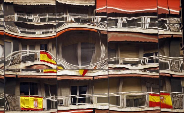 Las banderas resisten en Logroño