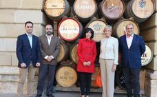 La presidenta de Codorníu se reúne con la alcaldesa de Haro tras el traslado de su sede