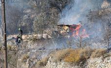 Cervera sufrió ayer un incendio junto a la LR-123