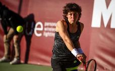 Wozniacki y Simona Halep se pasean, y Carla Suárez no puede con Johanna Konta