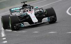 Hamilton se lleva la primera 'pole' de la temporada