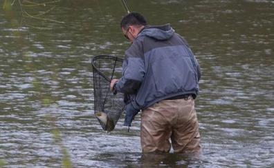 Pescadores, al agua