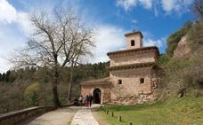 Microteatro entre los muros del Monasterio de Suso