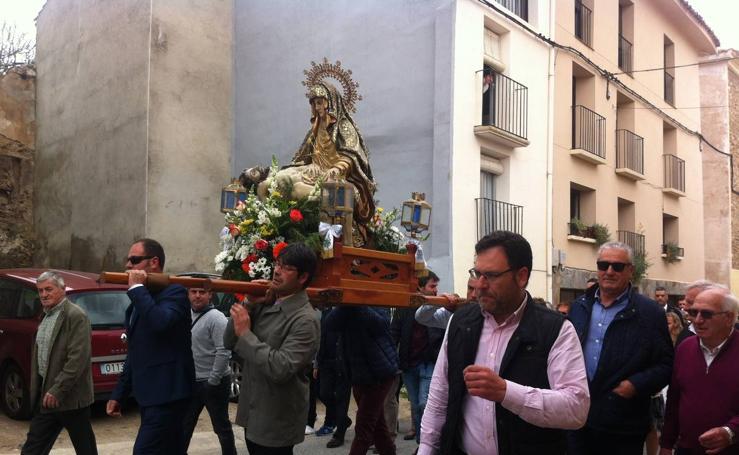 Grávalos: procesión por la Virgen del Humilladero