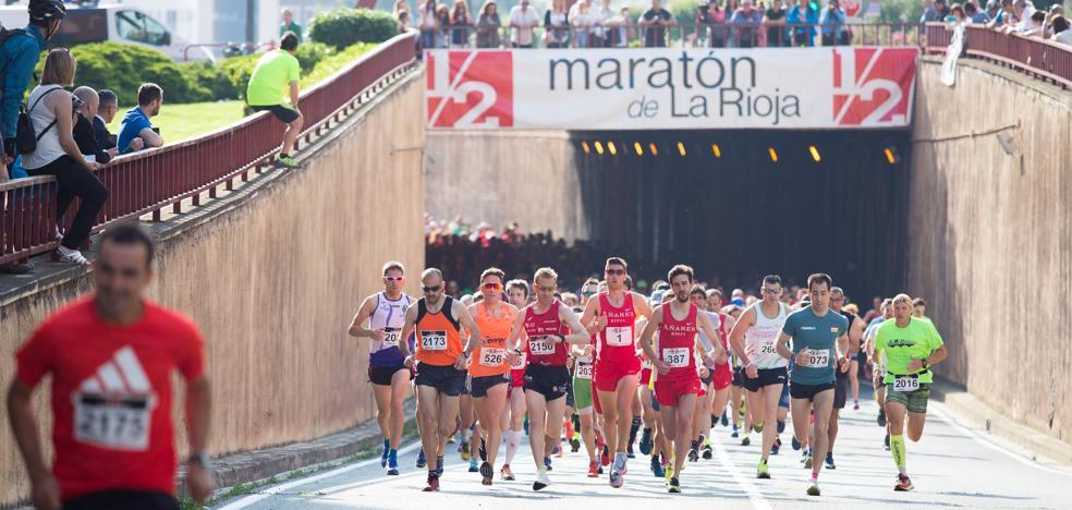 Salida de los corredores de la Media Maratón