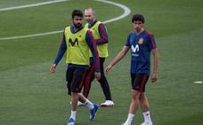 Rodri y Vallejo de apoyo... aunque Carvajal mejora