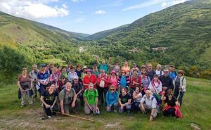 Marcha de educación ambiental por las aldeas