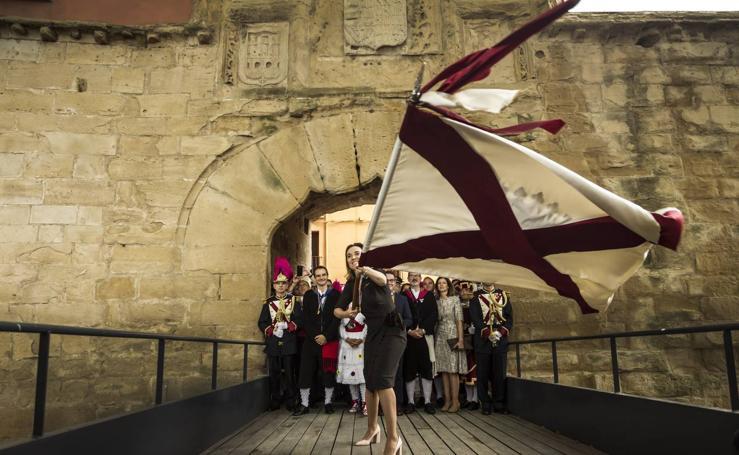 Gamarra dedica los 'banderazos' de San Bernabé a las mujeres, la Agrupación Municipal de Protección Civil y las sociedades gastronómicas logroñesas