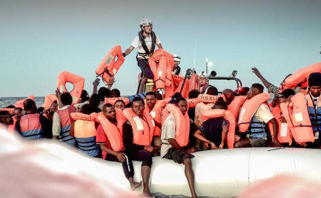 Sánchez ofrece España como destino para los 600 rescatados por el 'Aquarius' frente a Libia