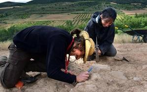 La UR propone un campo de trabajo en Bergasa en julio