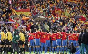 De himnos y fútbol