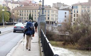 Luz verde a la reforma del Puente de Piedra y a la primera fase del Camino de Santiago