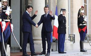 Macron y Conte apuestan por controlar la inmigración en África