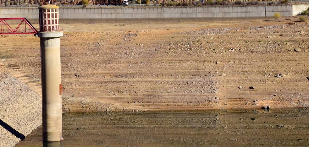 La Rioja pasa de la sequía a la saturación tras uno de cada dos días con lluvia este año