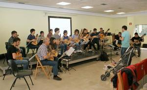 La Orden de la Terraza abre sus ensayos con vistas al viaje a Colombia