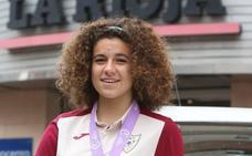 La UEFA elige a Ana Tejada en el once ideal del último Europeo Sub'17