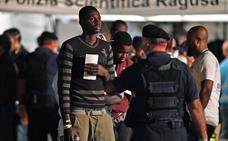La UE asegura que no defiende «un Guantánamo» en el norte de África
