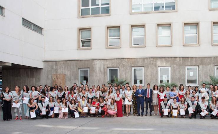 Entrega de diplomas de Enfermería