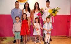 La peña La Moza presenta a Sara Fernández como candidata a reina de las fiestas