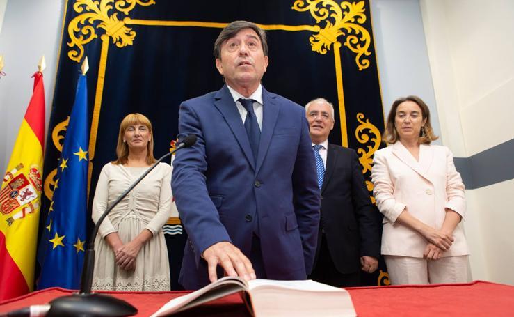 El nuevo delegado del Gobierno, José Ignacio Pérez Sáenz, toma posesión