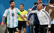Sampaoli, a Messi: «¿Lo pongo al Kun?»