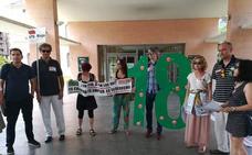 Los sindicatos exigen la reversión de los derechos del profesorado de la pública
