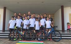 El triatlón riojano se prueba en Badajoz