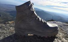 La escultura de la bota en peña Isasa desaparece tras sufrir otro ataque vandálico