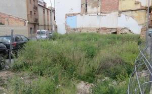 El Ayuntamiento avanza la fórmula para actuar en el solar de la calle Muro