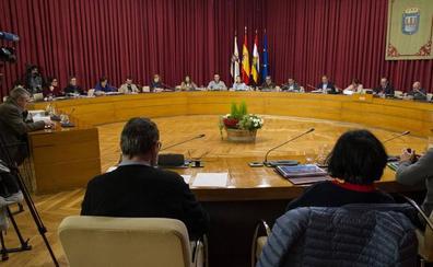 Los grupos de la oposición han criticado el sistema de gestión contratado