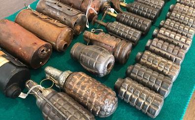 Detenido por vender granadas en la feria de antigüedades de Munilla