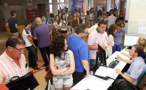 La UR registra 2.438 solicitudes para 1.000 plazas