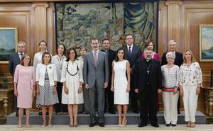 Los Reyes reciben al obispo de Calahorra y La Calzada-Logroño Carlos Escribano