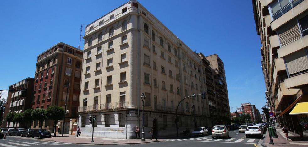 La esquina de Duquesa de la Victoria con Claret acogerá un residencial y un 'súper'