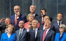 Trump acusa a Merkel de venderse a Putin