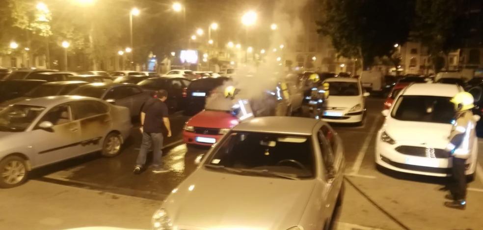 La Policía investiga los incendios de coches en Logroño tras uno más registrado ayer