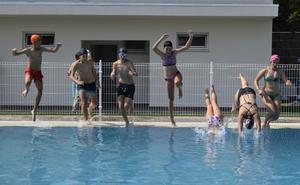 Autol disfruta de sus piscinas
