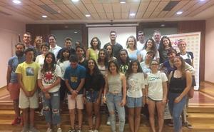 El campo de trabajo reúne a jóvenes de toda España