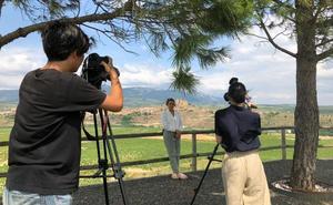 Una cadena japonesa graba escenarios de La Rioja para un programa sobre estilos de vida